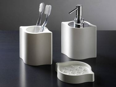 Accessori bagno design accessori bagno accessori bagno for Accessori per ufficio design