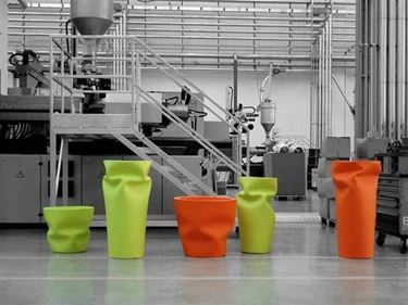 Saving Space Vase di Plust Collection by Euro 3 Plast